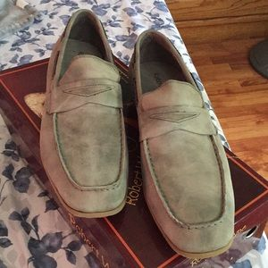 BRAND NEW MENS GRAY LOAFERS
